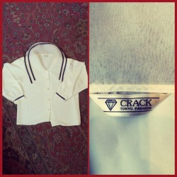 We are now selling #crack — Crack blouse with gorgeous collar, $14. #redlight #redlightvintage #crackiswack