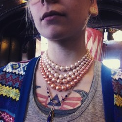 These crazy ombré pearls up for grabs at #redlightvintage in the udist. #vintage #pearls #jewelry